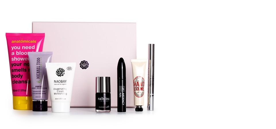 Gift idea: Subscription to Glossy Beauty Box