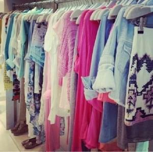 closet pic via genpink.com