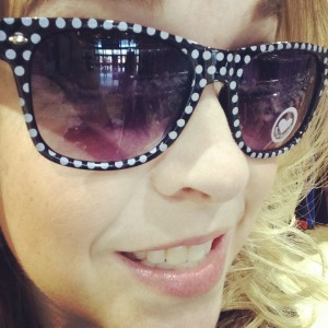 Elysa Ellis | Genpink - polka dot sunnies