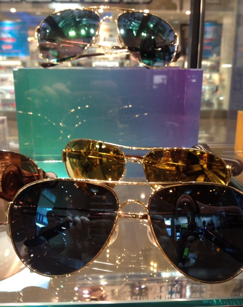 Aviators with a pop of color from Oakley via genpink.com