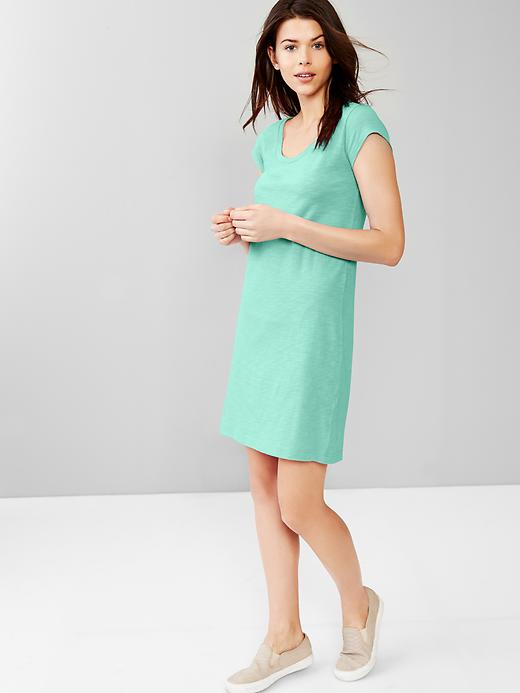 summer dress by gap via genpink.com
