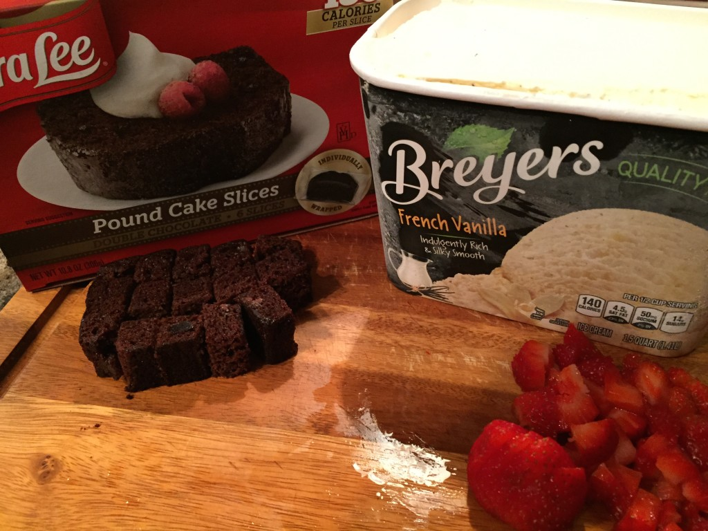 Ice Cream and a Virtual Friend Date | Genpink (featuring Sara Lee & Breyers Trifle)