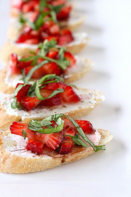 Strawberry Bruschetta | 8 Recipes For The End Of Summer