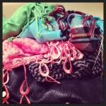 how to organize scarves via genpink.com