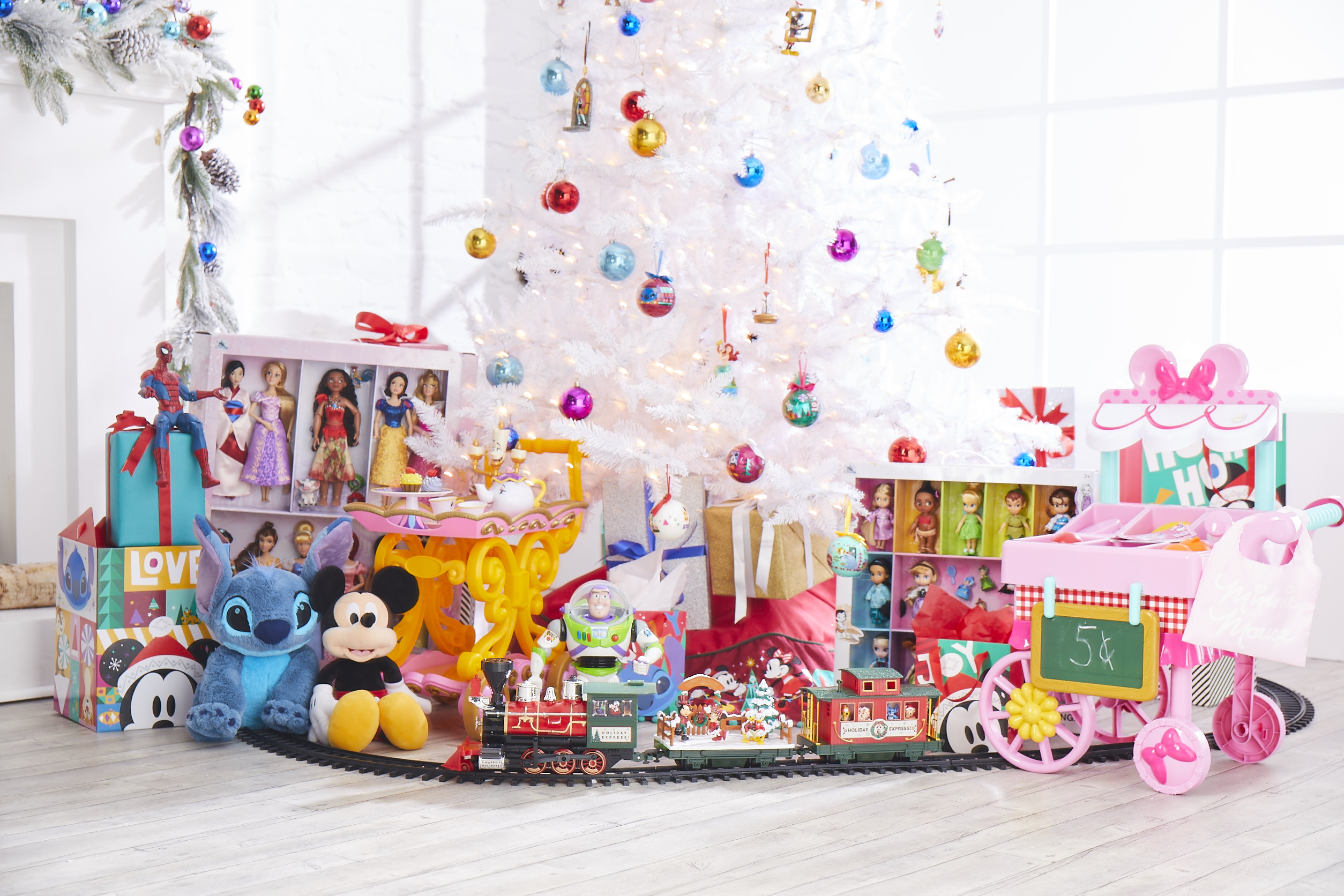 Gift-Guide under $50: shopDisney Friends & Family Sale under